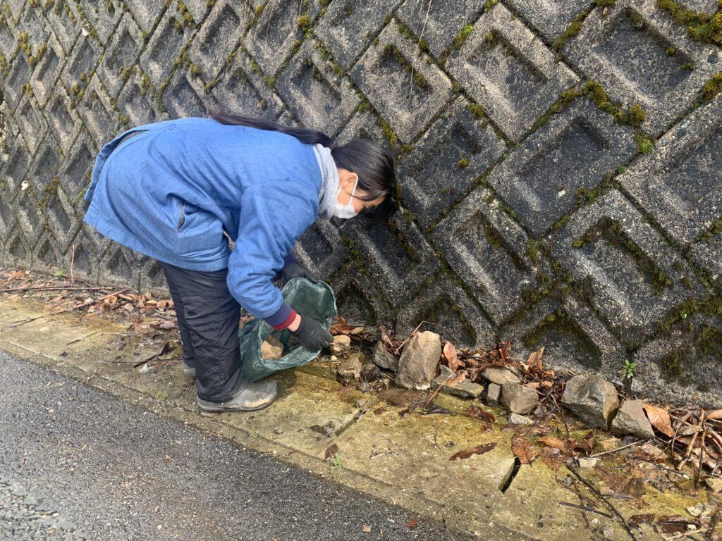 宮川町種蔵地区の石を集めて美しい景観に活用しよう!