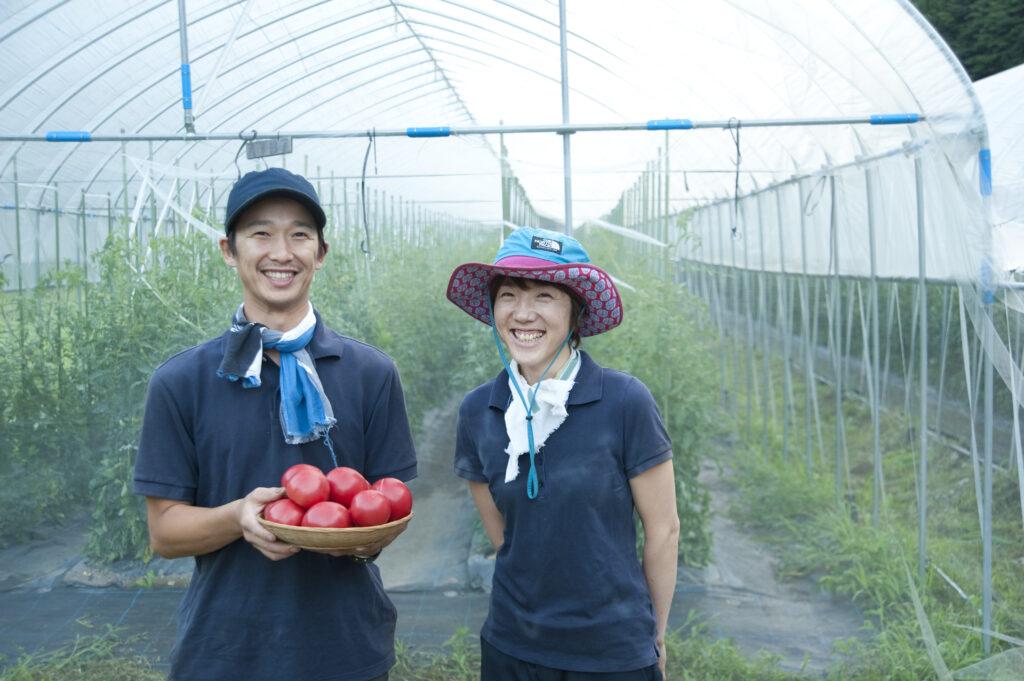 【飛騨圏内在住者限定】長九郎農園飛騨最北端の地で『トマトの苗植え』のお手伝い!昼食つき♪